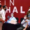 Pekerja Asing Pemegang Kitas dan Kitap Bisa Vaksinasi di Indonesia