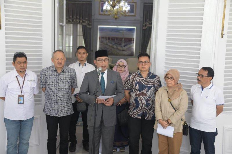 Kang Emil Sangat Mendukung KRL Dihentikan