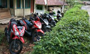 Dede Yusup Ditangkap Ditreskrimum Polda Jabar Terkait Kasus Penadahan