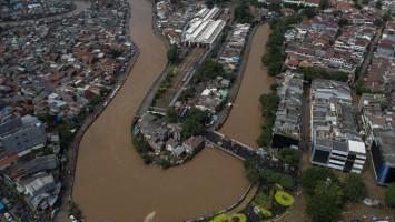 Jakarta Alokasikan Rp 1 Triliun untuk Normalisasi Sungai dan Waduk