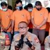 Viral Aksi Disebut Balas Dendam Kelompok Preman Pecahkan Kaca Kontainer