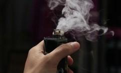 Hati-hati! Rokok Elektrik Ternyata Sebabkan Radang Paru-paru