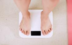 Fokus Pada Makan Makanan Sehat Lebih Penting Daripada Masalah Berat Badan