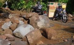 Jalur Alternatif Jawa Timur-Jawa Tengah Terhambat