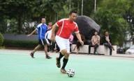 Menyambut Hari Pers Nasional, Menpora Ajak Wartawan Main Futsal
