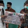 MUI Serahkan Bantuan Rp19,3 Miliar untuk Pembangunan RS Indonesia Hebron