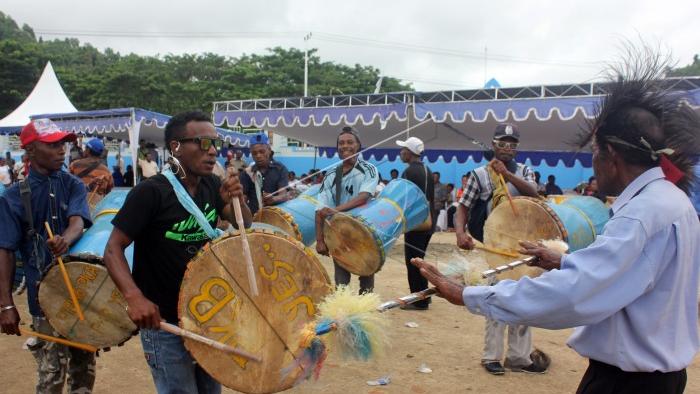 Festival Tambur di Raja Ampat