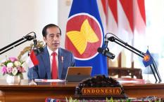 Ubah Bentuk Bansos Masyarakat Terdampak COVID-19, Jokowi: Lewat Pos atau Bank