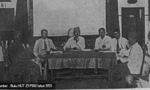 Sejarah Lahirnya PSSI: Alat Perjuangan, Sepak Bola Rakyat, Konflik