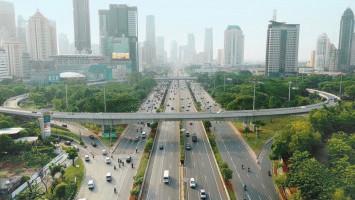 Miliarder Hong Kong Bertaruh untuk Masa Depan Digital Indonesia