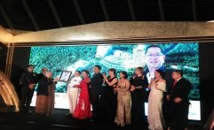 Hotel JHL Solitaire Gading Serpong a D Varee Collection Terima Rekor Dunia