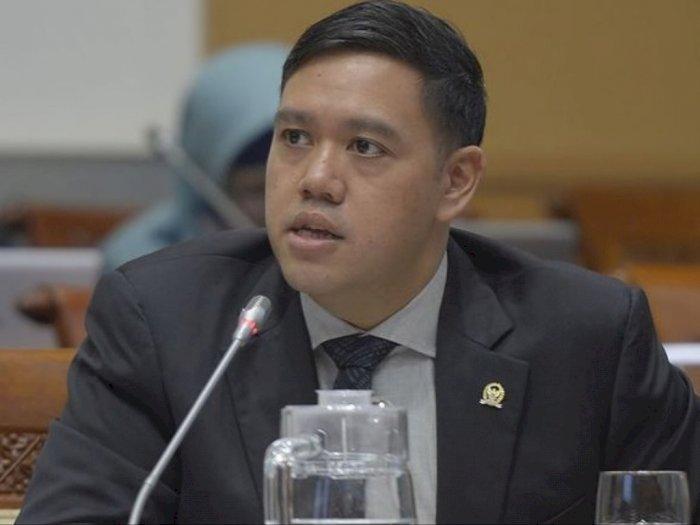 Anggota Komisi I DPR RI dari Fraksi Partai Golkar, Dave Laksono. (Instagram/davefikarno)