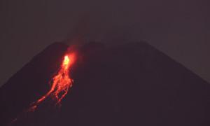 Gunung Merapi 36 Kali Meluncurkan Lava Pijar
