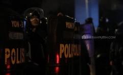 Polisi Dituding Tak Bisa Bedakan Perusuh dengan Pendemo