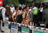 Angkot Mogok Massal, Penumpang Terlantar
