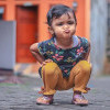 """Jongkok """"Posisi Wenak"""" ala Indonesia, Terbayang dari Pose Jokowi Naik Gunung"""