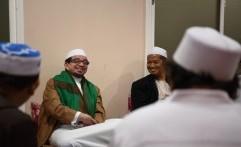 Melawat ke Jawa Timur, Ketua Majelis Syuro PKS Ziarahi Makam Para Wali
