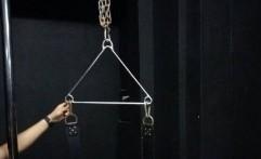 Rantai Hingga Penjara Buatan untuk Pesta Seks Homo Kelapa Gading