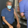 Euforia Aktor Ian McKellen Menerima Vaksin COVID-19