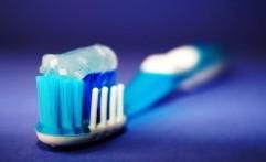 Caramu Menyikat Gigi Sudah Benar? Coba Ikuti 4 Cara Efektif Berikut