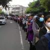 Anies Batasi Jam Operasional Moda Transportasi Umum, Warga: Malah Bikin Susah