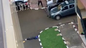 BREAKING NEWS: Terobos Mabes Polri, 1 Terduga Teroris Tewas Ditembak