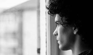 Mengenal Skizofrenia, Gangguan Psikologis Pemicu Apatis!