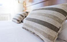 Pentingnya Pillow Talk Meskipun Sudah Lama Menikah