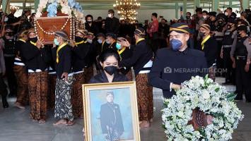 Peringatan 40 Harian Wafatnya KGPAA Mangkunegara IX, Suksesi Adipati Belum Ditentukan