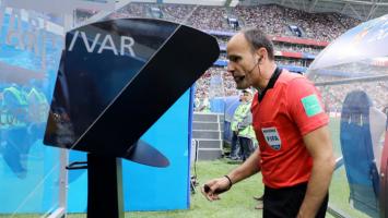 Kumpulan Meme Kocak VAR Piala Dunia 2018 yang Bikin Ngakak