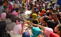 Bulog dan Kejaksaan Sulteng Gelar Pasar Murah