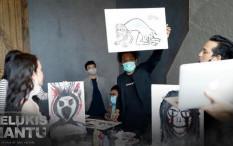 Film Disney+ Hotstar 'Pelukis Hantu' Hadirkan Komedi Horor Ala Arie Kriting