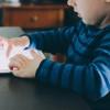 Cara Bijak Hindari Anak Kecanduan Gadget di Fase Kenormalan Baru