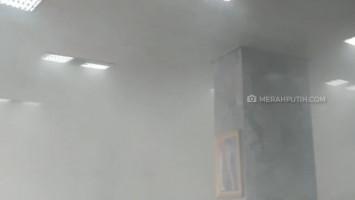 Kebakaran di Gedung DPR, Asap Pekat Penuhi Ruangan