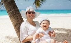 Catat, ini Daftar Perlengkapan yang Harus Dibawa saat Berlibur bersama Bayi