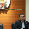 Bos Emas Siman Bahar Gugat KPK