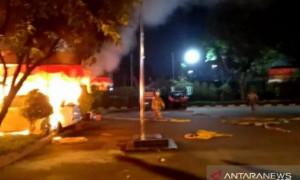 Serang Polsek Ciracas, Oknum TNI Bacok dan Lindas Warga Pakai Motor