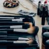 Waspadai Bahaya Nyata Akibat Terlalu Sering Pakai Makeup