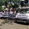 Ratusan Pekerja Tuntut Hiburan Malam di Bandung Kembali Beroperasi