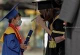 Prosesi Wisuda Sekolah di Fase New Normal