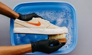 Perawatan Rumahan untuk Sepatu Favoritmu