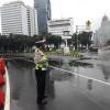 Ruas Jalan di Ibu Kota Tergenang, Polisi Alihkan Lalu Lintas