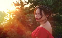 4 Gaya Rambut Sederhana yang Terlihat Cantik dan Elegan