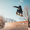 Setelan Anti Air, Jadi Pilihan Skater Bermain di Tengah Hujan