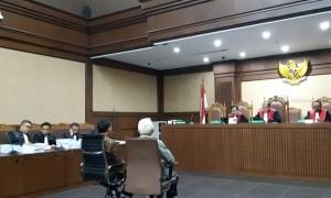 Jaksa KPK Tuntut Sekjen KONI Empat Tahun Penjara