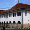 Wisata Sejarah Kota Tua Cirebon di Sekitar Gedung BAT