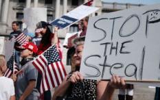 Facebook dan TikTok Blokir Tagar Teori Konspirasi Pemilu AS