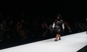 Barli Asmara Dobrak Stigma Dunia Fashion di Jakarta Fashion Week 2020
