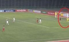 Video Blunder Konyol Kiper Klub Kamboja di AFC Cup