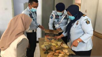 Tulang Ayam Jadi Media Selundupkan Sabu ke Lapas